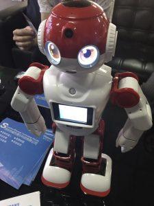 ロボットメーカー